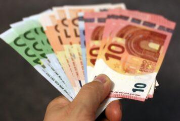 Lockdown: Ποιοι δικαιούνται το επίδομα των 800 ευρώ, των 400 ευρώ και τι ισχύει με τα ενοίκια