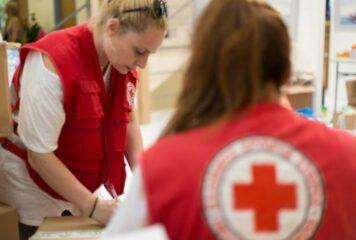 Ιωάννινα: Καλάθια αγάπης από τον Ερυθρό Σταυρό