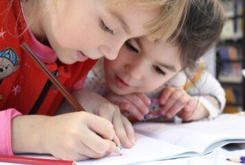 Σήμερα οι ανακοινώσεις για τα σχολεία – Ποια τα πιθανά σενάρια
