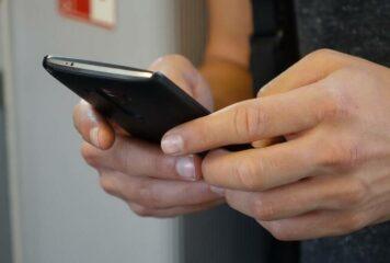 Ιωάννινα: Το sms που χρέωσε μια γυναίκα με 1.000 ευρώ