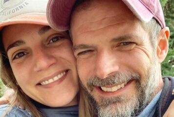 Γάμος Λαιμού στο Πάπιγκο: Η φωτογραφία του ζευγαριού στην εκκλησία