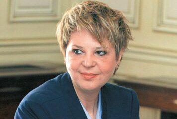 Όλγα Γεροβασίλη: Θα προχωρήσει η αναστήλωση της ιστορικής Γέφυρας Κοράκου;